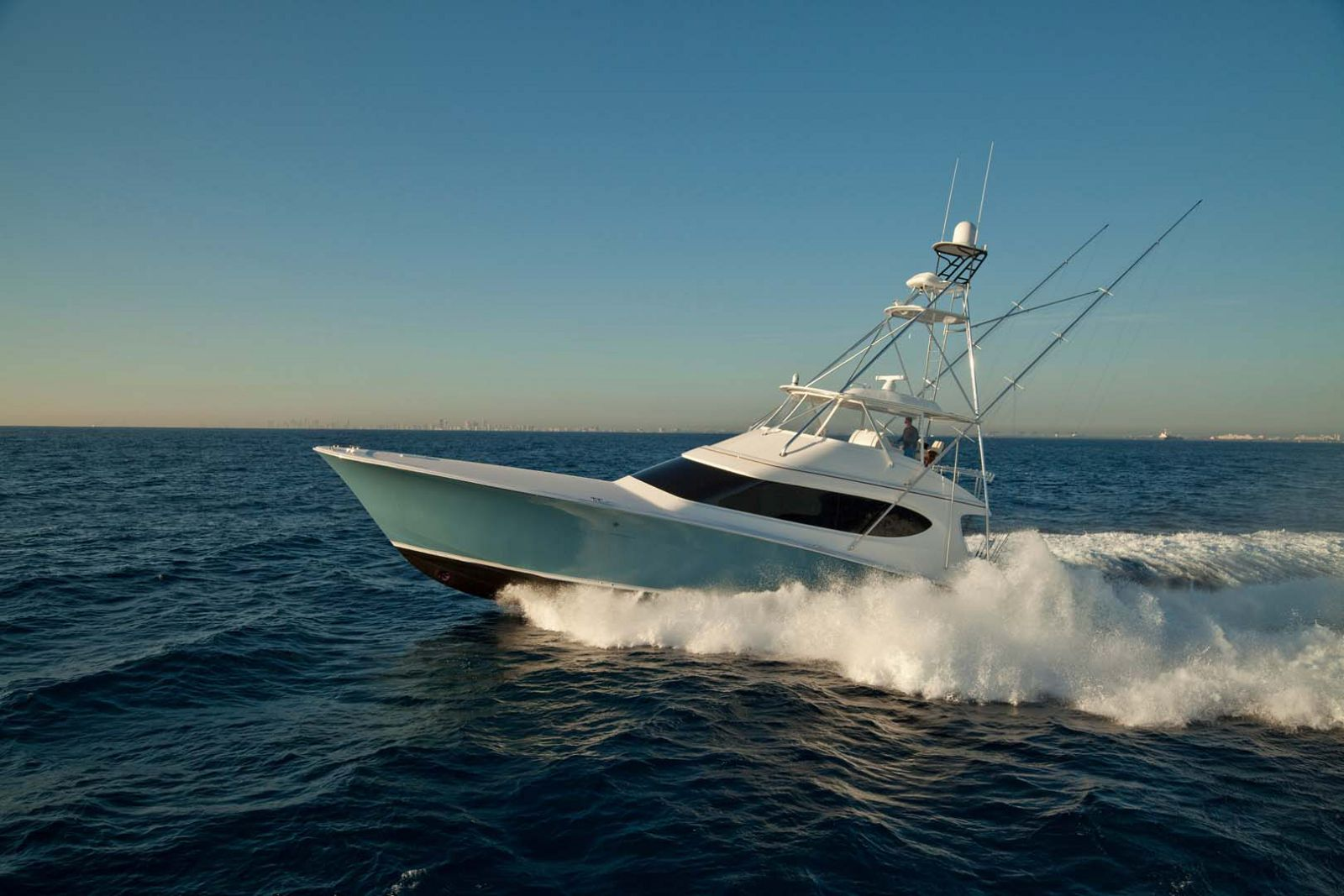 Hatteras GT70 At Palm Beach Boat Show