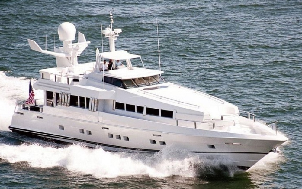 Highline Oceanfast 102 Yacht For Charter
