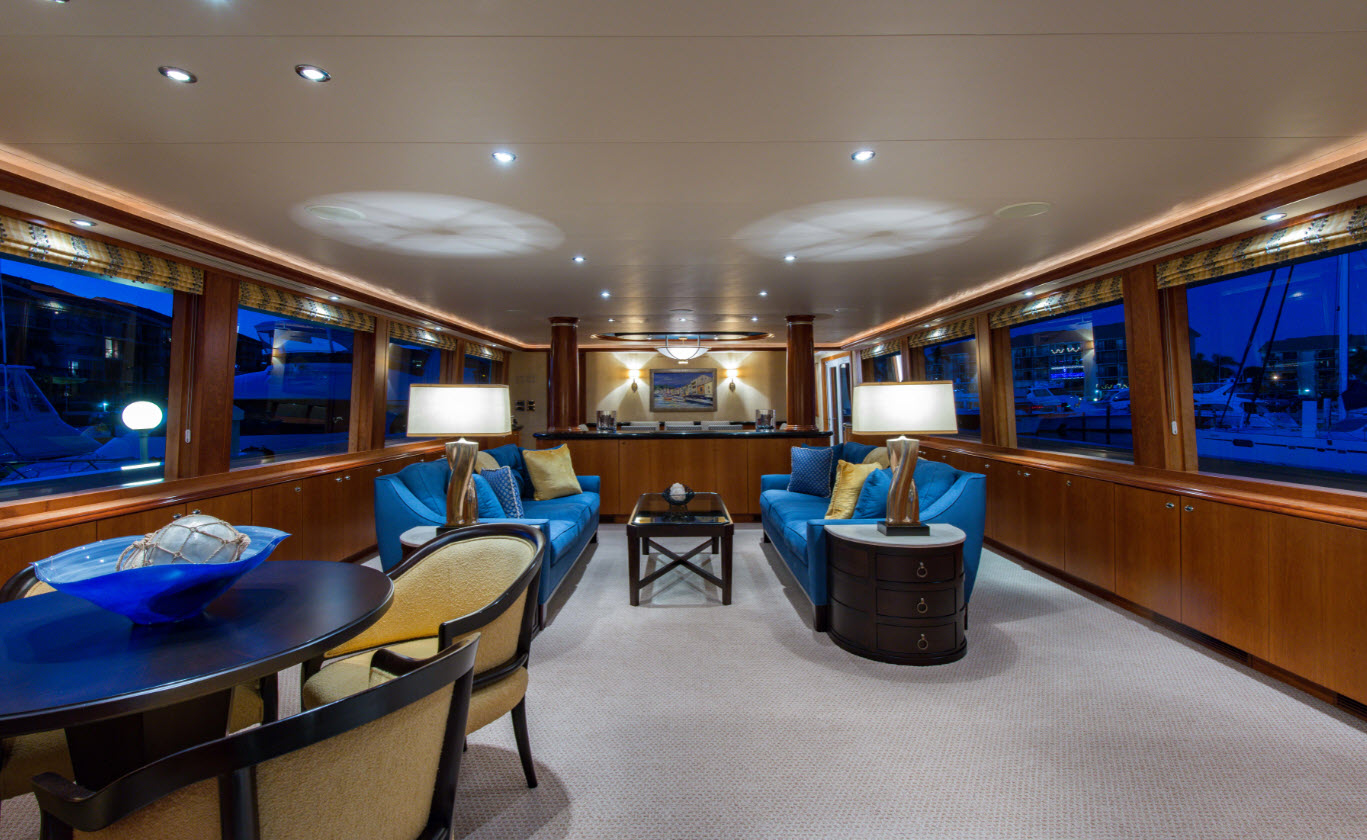 vision-westport-yacht-130-sold-salon