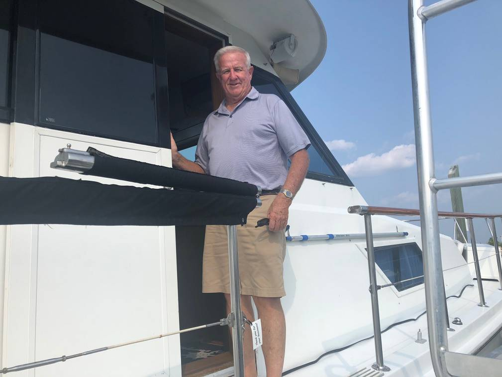 photo of Tom Thomas, Professional Yacht Broker