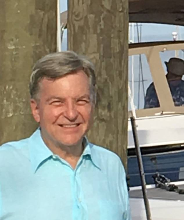 photo of Tom Rasmussen, Professional Yacht Broker