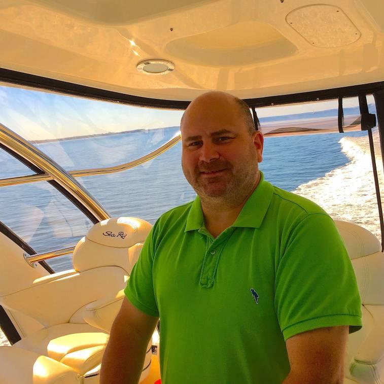 photo of Mark Solsman, Professional Yacht Broker