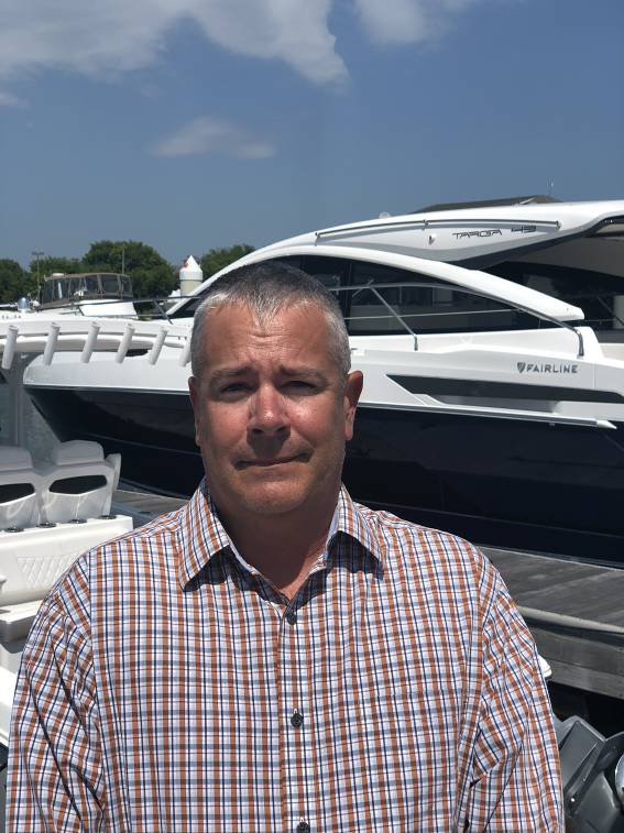 photo of Mike Favinger, Professional Yacht Broker