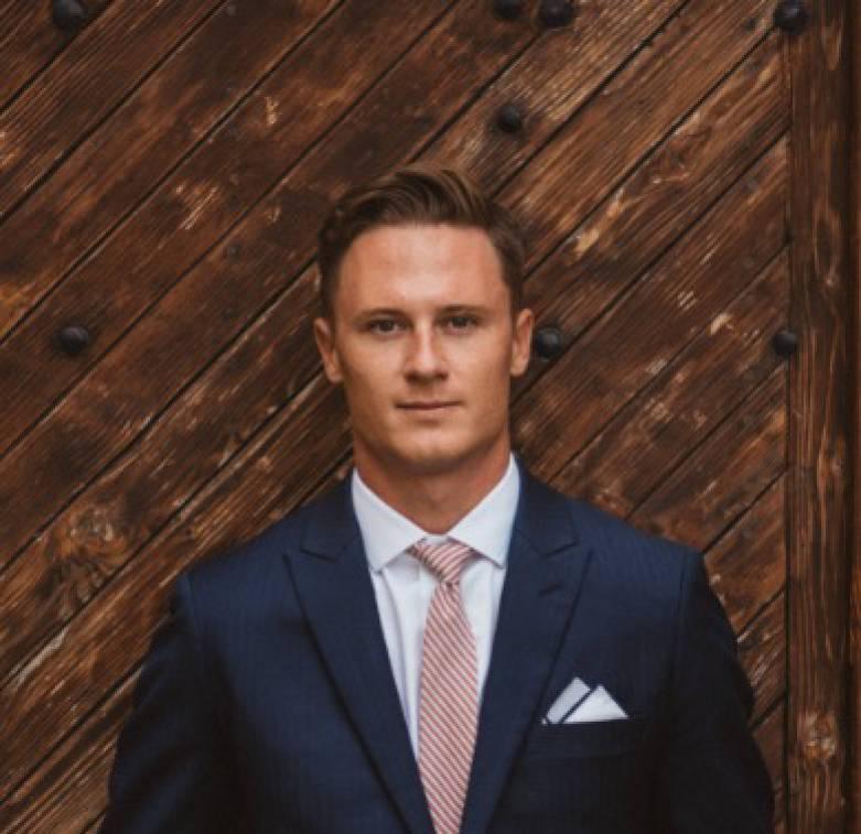 photo of Clint Jones, Professional Yacht Broker