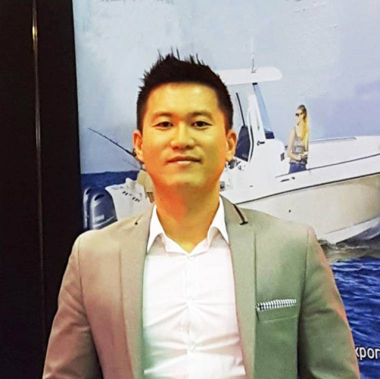 photo of Mac Ui Myong Jung, Professional Yacht Broker