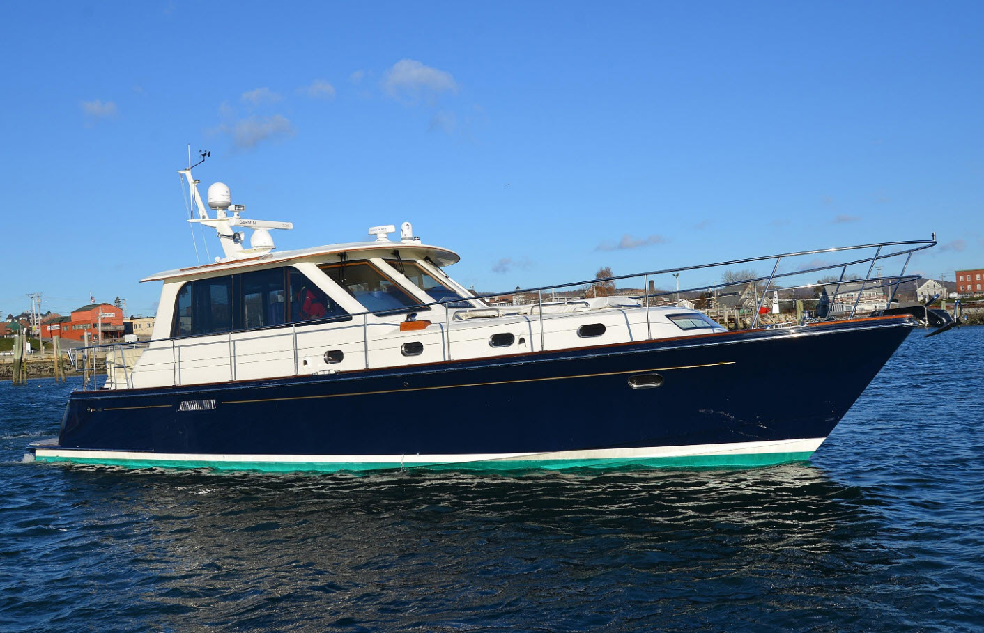 hunt yachts for sale