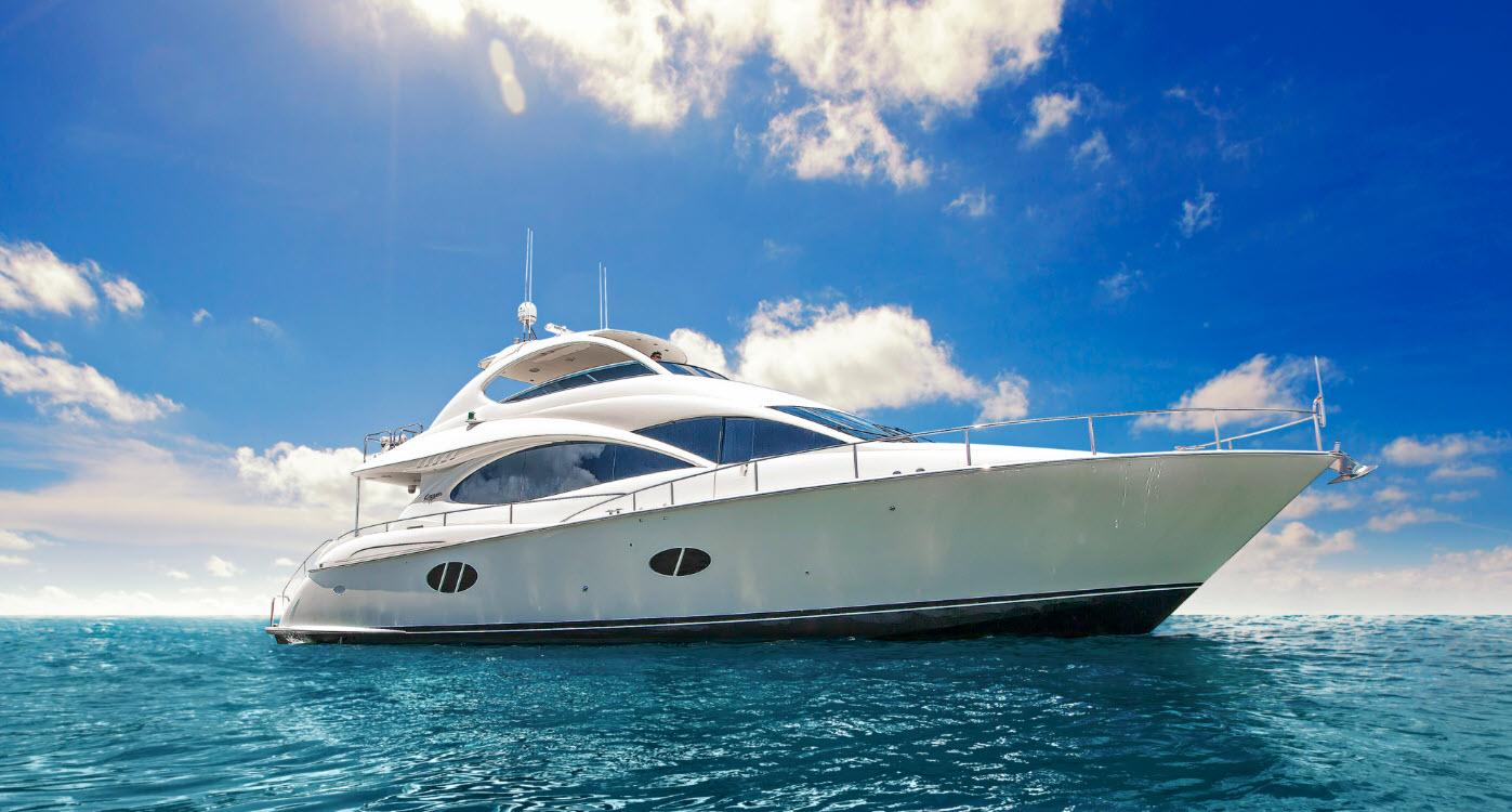 Lazzara Flybridge Yacht For Sale