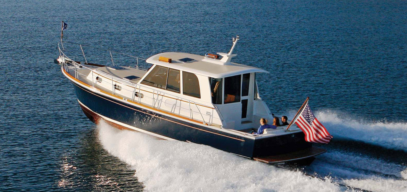 used-grand-banks-yacht-for-sale-header