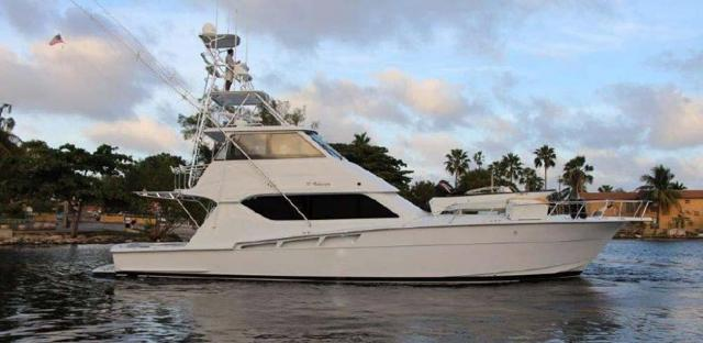 photo of USED YACHTS FOR SALE BETWEEN $900,000 AND $1,000,000