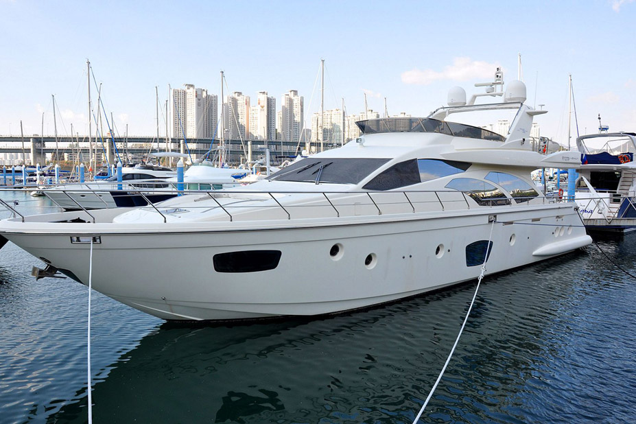 Used Azimut 75 Flybridge Yacht for sale