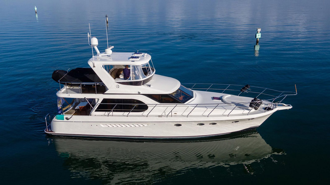Used Ocean Alexander 52 Sedan Yacht For Sale