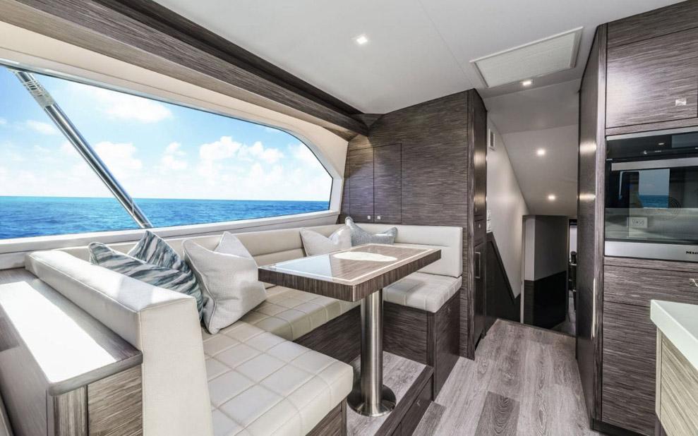 photo of Hatteras Yachts GT65 Carolina