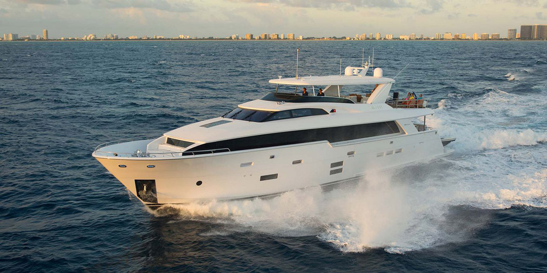 photo of Hatteras Yachts 100 Raised Pilothouse