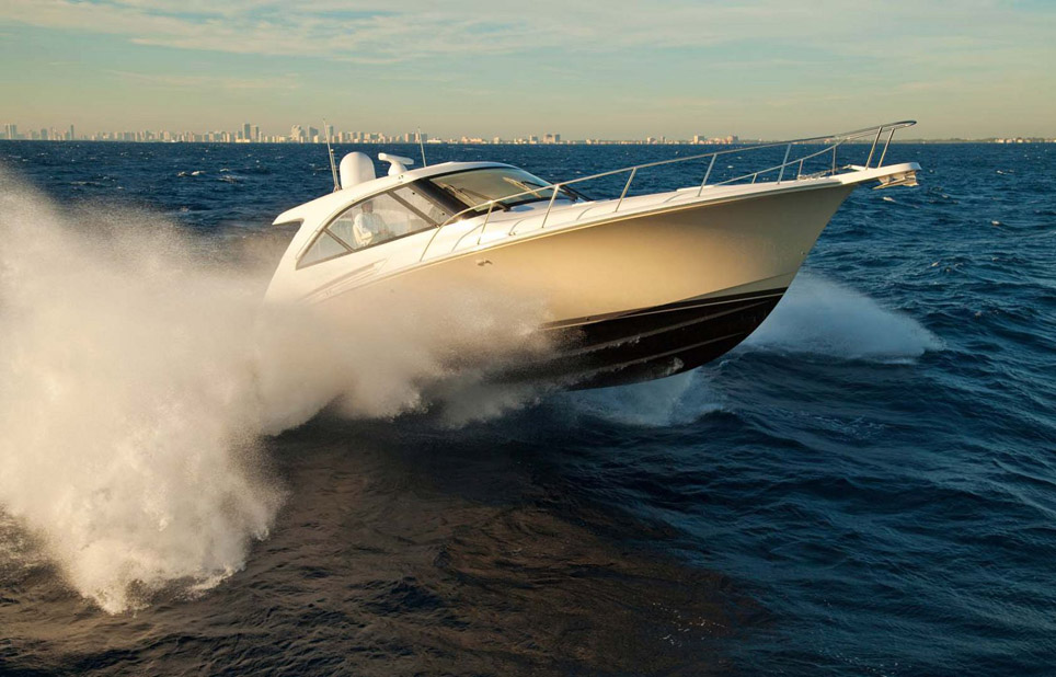 photo of Hatteras Yachts GT45X
