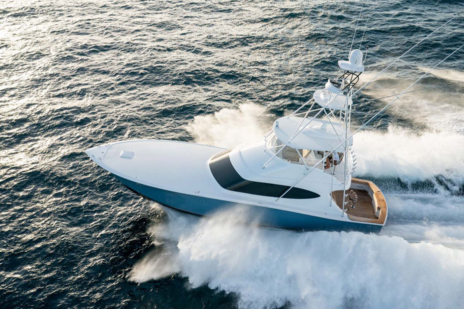photo of Hatteras Yachts GT59