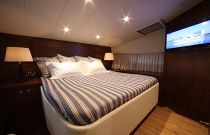 photo of Mares 45 yacht fish power cat master bedroom