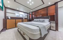 photo of dyna 68 motor yacht master stateroom