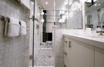 photo of Bathroom on the Hatteras 105