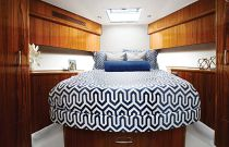 photo of Hatteras GT70 Stateroom