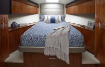 photo of Hatteras GT63 Stateroom 2