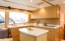 photo of Hatteras GT54 Galley Dinette