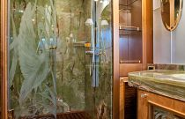 photo of Amer Yachts 100 Shower