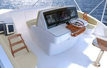 photo of Hatteras GT59 console electronics